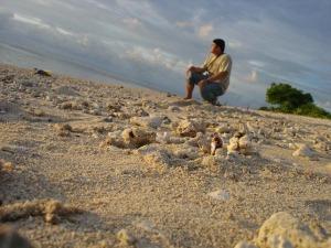 Pasir pantai Dermaga Tua UG